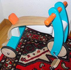 Dreirad aus Holz von Play toys