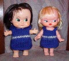 2 kleine Puppen