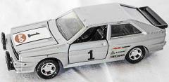 Audi Quatro silber