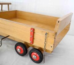 Lastwagen mit Kippe aus Holz von Bigge