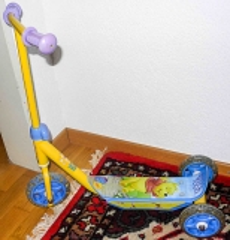 Trottinett Winnie the Pooh gelb/blau