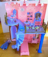 Barbie Dornrösschen Schloss rosa/lila