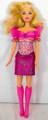 Barbie mit Mini Kleid pink/rosa und rosa Stiefel