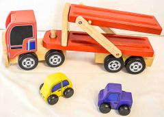Auto-Transporter mit 2 Autos aus Holz