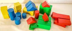Bauklötze grosse Teile und farbig aus Holz