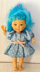 Barbie Kleinkind mit blauem Kleid