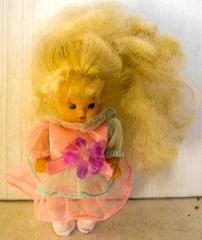 Barbie Kleinkind mit rosa Kleid