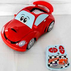 Auto rot mit Fernsteuerung von Chicco