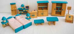 Puppenhausmöbel türkis/braun aus Holz
