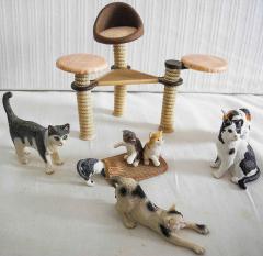 Katzen mit Kratzbaum Nr. 41801 von Schleich