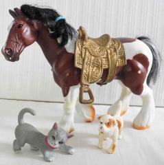 Pferd, Hund, Katze