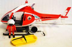 Bergretter-Helikopter rot