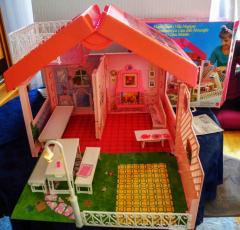 Barbie Traumhaus als Tragekoffer