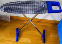 Bügelbrett blau/silber